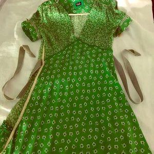 Dolce and Gabbana green dress. Size 46 (6-8 us)